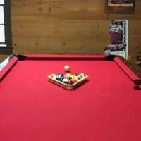 Red Felt Pool Table in Great Conditions